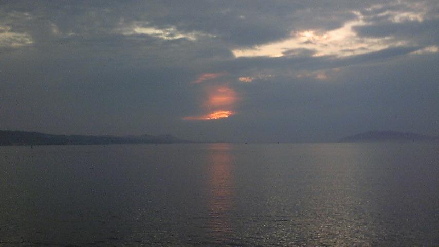 宍道湖の夕日…と出雲市駅の立ち寄り温泉